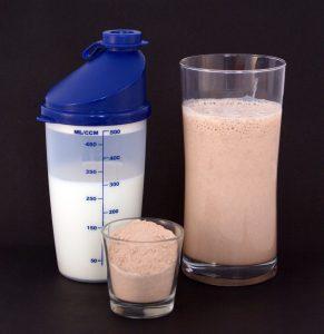 Read more about the article Συμπληρώματα Πρωτεΐνης και Απώλεια Βάρους – Μπορούν να Βοηθήσουν;